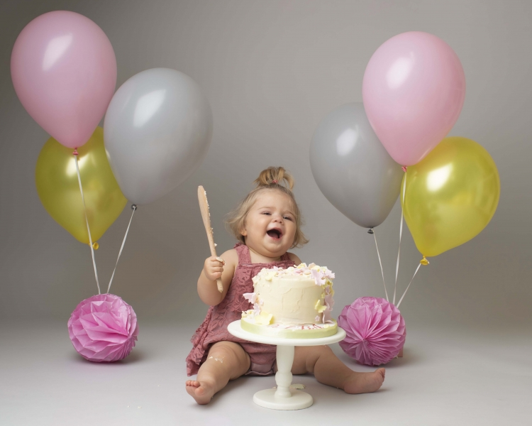 Pink, grey and yellow cake smash theme