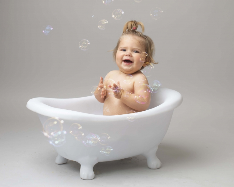 First Birthday Cake Smash and Bath Splash Photo Shoot Wirral