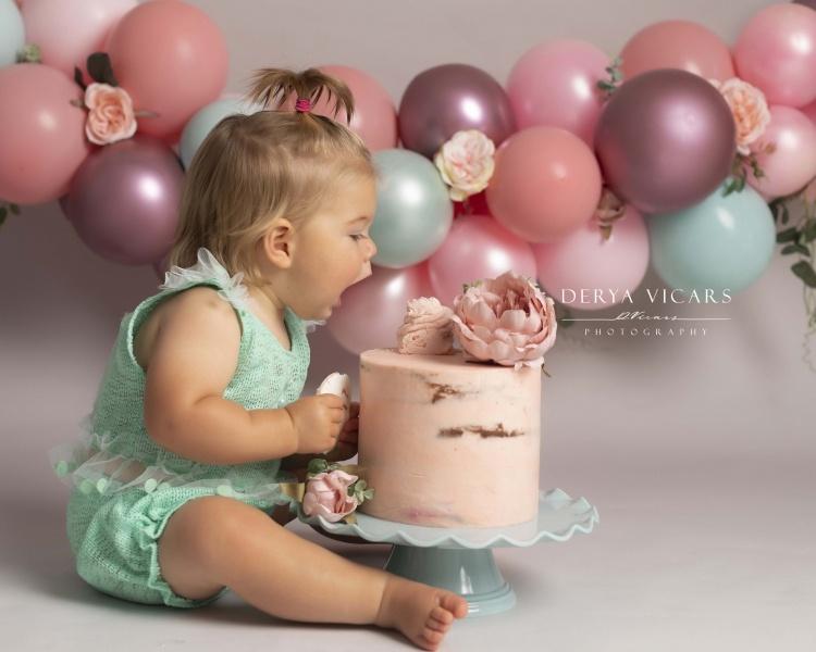 cake-smash-photos-wirral