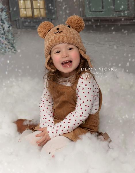 Girl in Christmas bear hat in Wirral studio