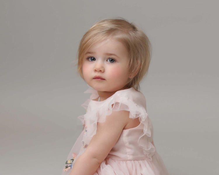 Newborn Baby Photography - Derya Vicars Photography, Wirral